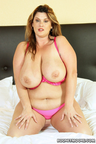 Kimmie KaBoom   Bedtime For Big Boobs BBW   Scale bustin babes – Rodney moore