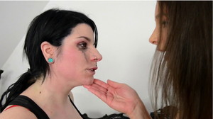 Hunt Erotic: Faceslapping -By Domina Zafira
