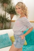 Charlee Monroe - Babysitter Diaries (solo)-15rmb44zmv.jpg